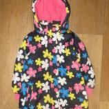 Куртка деми на девочку 3-4 года