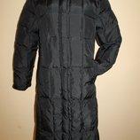 38 разм. Длинный пуховик - пальто Essentiel. Сток Германия Длина по спинке - 116 см., плечи