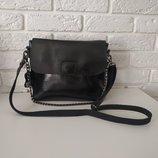 Красивая сумочка-клатч на длинной ручке, натуральная кожа
