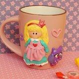Продам чашку декорированную полимернай глина Девочка с совой