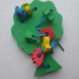 Розвиваюча іграшка-шнірівка Дерево з фігурками мягке, для самих маленьких