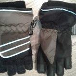Фирменные краги перчатки лыжные Tinsulate