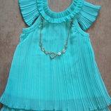 Нежное.нарядное платье с бусами