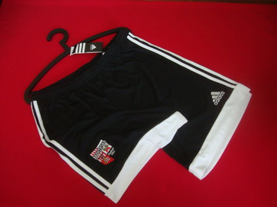 Шорты Adidas оригинал размер L