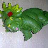 Игрушки фигурка динозарв мягкая резина средний размер