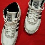 Кроссовки Adidas The Brand