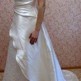 Обалденное свадебное платье 46 разм.