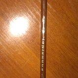 Коричневый карандаш чарівниця суперстойкий