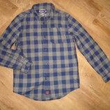 FF Плотная рубашка на 8-9 лет, состояние новой 100 % коттон