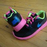 Кроссовки Nike Roshe Run оригинал 31-32 размер