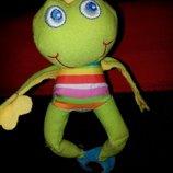 Дуже весела і яскрава вібро підвіска-жабка принцеса від Tiny Love