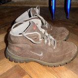 Замшевые ботинки Nike, по стельке 24,5 см