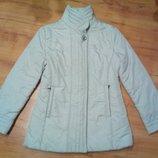 Демисезонная легкая курточка М