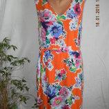 Новое натуральное платье с ярким принтомTU