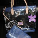 Очень красивая сумка Guess, новая с бирками Сумка - стильный аксессуар, который подчеркнет Вашу изыс