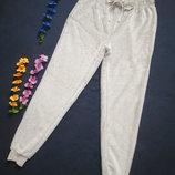 Плюшевые теплющие пижамные домашние брюки цвета капучино выоская посадка Hut Meg.