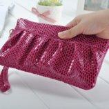 Кожаная сумка клатч розовая, фиолетовая, красная