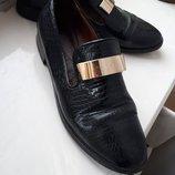Стильные лаковые черные туфли лоферы Marco Piero 40 размер, 26 см стелька