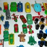 Киндеры и аналог машинки и другие игрушки