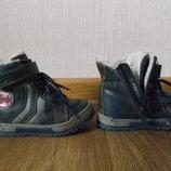 Сапожки ботиночки кожаные ,зимние для мальчика