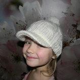 шапка с козырьком на девочку мальчика 4-6 лет отл. сост. обмен