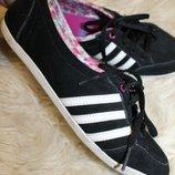 40 разм. Фирменные кроссовки Adidas Neo. Замша натуральная