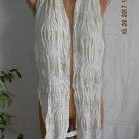 Кремовый вискозный шарф с золотой ниткой