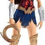DC Comics Чудо женщина коллекционная FDF35 Battle-Ready Wonder Woman Doll