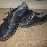 Продам кожаные туфли Clarks 37.5р.