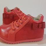 Очень мягкие демисезонные ботиночки 13.5 см стелька