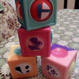 Нові сенсорні кубікі від Fisher Price,дуже яскраві,якісні,міцні і веселі