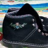 Демисезонные замшевые ботинки р.28