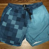 Пляжные шорты американского бренда Zanerobe.