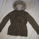 Куртка парка H&M Швеция на рост 158-164 см. 13-14 лет.Зимняя.Куртка на утеплителе мех. По поясу ут