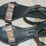 Босоножки сандали кожа Francesco Morichetti размер 39, босоніжки сандалі шкіра
