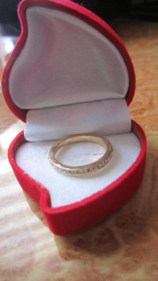 фото кольца в коробочке