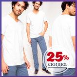 футболка мужская белая DeFacto с V-образной горловиной