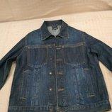 Продам в отличном состоянии, фирменный L.O.O.G,джинсовую куртку, пиджак, р. S