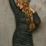 Шикарное платье блестящее