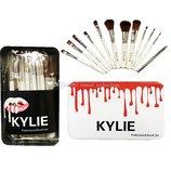 Набор кистей для макияжа KYLIE Professional Brash Set в металлическом кейсе белые, 12шт.