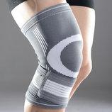 Защита фиксатор поддержка бандаж для колена LiveUp Knee Support L/XL