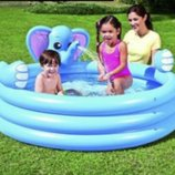 Игровой бассейн Слон 152х152х74 см, 324 л,с брызгалкой 53048