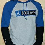 Спортивная кофта с капюшоном Jordan комбинированная. Весна - лето.