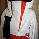 M разм. Большая куртка Bonfire. Оригинал Длина по спинке - 86 см., плечи - 54 см., пог - 6