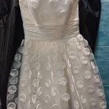 Платье свадебное на выпускной р-р 42-44