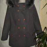 Пальто теплое зимнее опушка натуральный мех состояние отличное