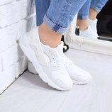 Женские белые кроссовки Nike Huarache