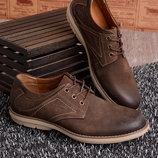 Туфли на шнуровке, в коричневом цвете в наличии новые 40 р