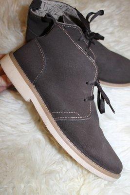 38 разм. Стильные ботинки - дезерты. Замша. Made in Italy