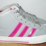 Кроссовки Adidas. 34 размер. 21.5 см